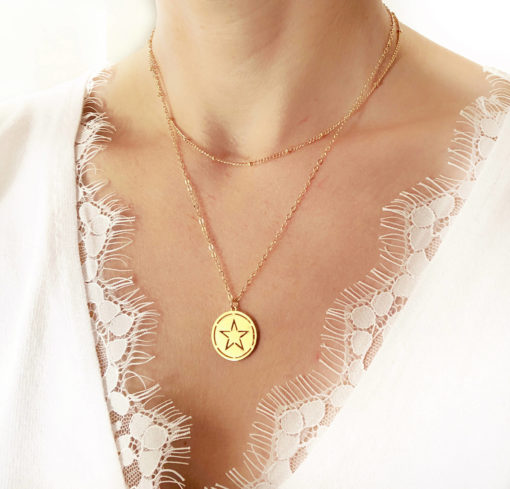 collier createur medaille etoile