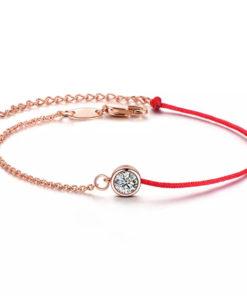 Bracelet tendance cordon rouge