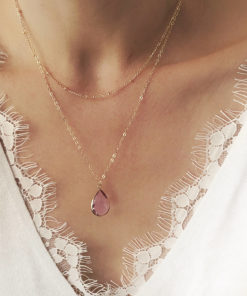 collier multirangs pierre rose