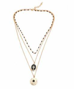 Collier perles noires fines