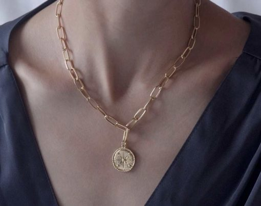 Collier tendance 2020 medaille etoile